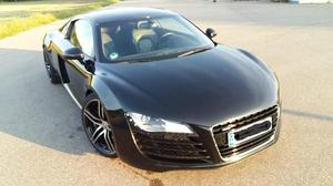 Audi R8 4.2 FSI Carbon, Vollleder, B&O, Klappenauspuffanlage