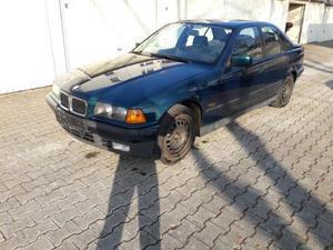 BMW 318 i (E36)