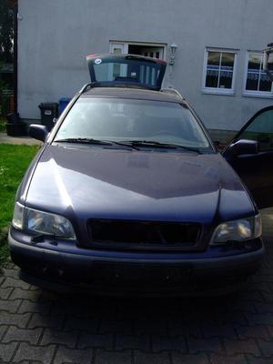 Verkaufe meinen Volvo V 40 Kombi - Bj.