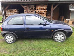 Opel Corsa ed. 100