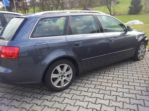 Audi A4 Kombilimousine, Unfallauto