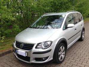 VW Touran Cross 2.0 TDI