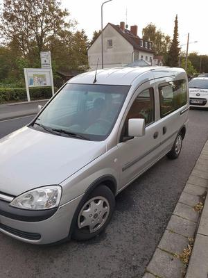 Opel Combo 1.6 mit Klimaanlage und Sitzheizung