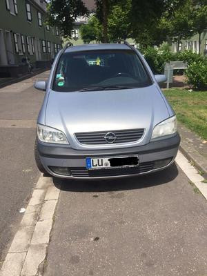 Opel Zafira A, Kombi, 7 Sitzer