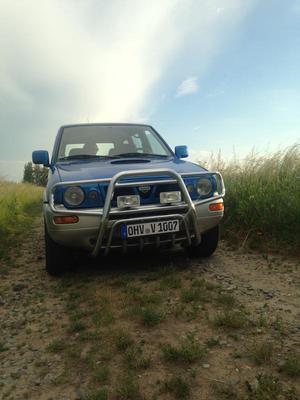 Nissan Terrano 2 Country lang