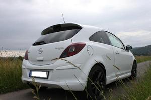 Opel Corsa D V 'LIMITED EDITION'