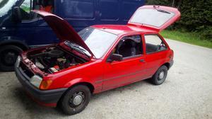 13 monate noch TUV billig abzugeben Ford Fiesta