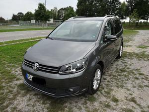 Volkswagen Touran 1.6 TDI Style, DSG, Klima Standheizung,