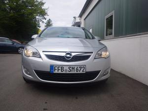 Opel Astra J Sports Tourer 1.7 DTJ
