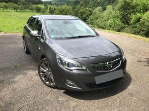 Opel ASTRA J SPORTS TOURER Leder Sportfahrwerk Schiebedach