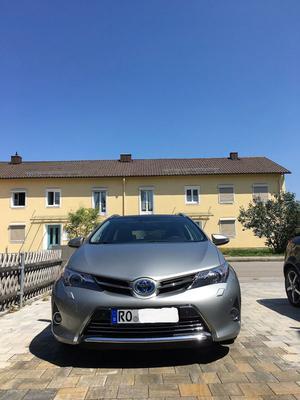 Toyota Auris TouringSports Hybrid Executive Xenon AHK Pano