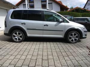 VW Cross Touran 2.0 TDI DPF DSG AHK Nav Xeno 7-Sitzer