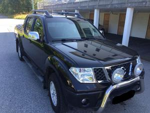 Nissan Navara 2.5 dCi Double Cab 4X4 LE - Automatic Premium