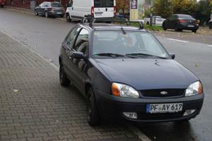 Ford Fiesta Trend fahrbereit (Für Bastler oder als