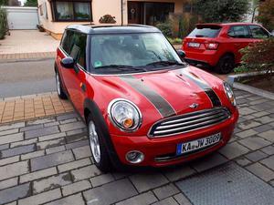 Mini Cooper Clubman Pepper rot/schwarz