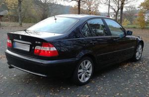 BMW 318 i E46 BJ Facelift  Standheizung Xenon Schwarz