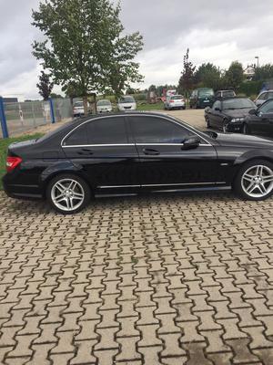 Mercedes C200 Avantgarde AMG Styl