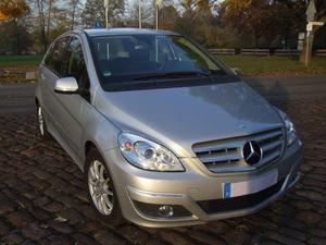 Mercedes-Benz 180 CDI Autotronic, Tempomat