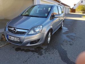 Opel Zafira B 2.2 7-Sitzer
