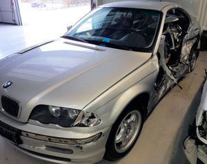BMW 320i - Unfallschaden zum Ausschlachten