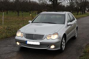 Mercedes Benz C Klasse C 200 Kompressor 1. Hand, Ausstattung