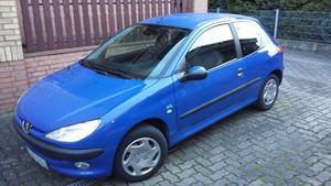 Peugeot 206, Baujahr  in blau