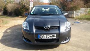 Toyota Auris 1.6 L