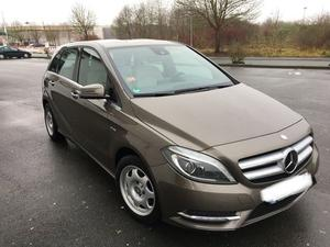 Mercedes-Benz B 200 CDI (Blue)7G-DCT