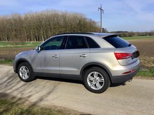 Audi Q3 1,4 TFSI 150PS AHK Sound viel Zubehör